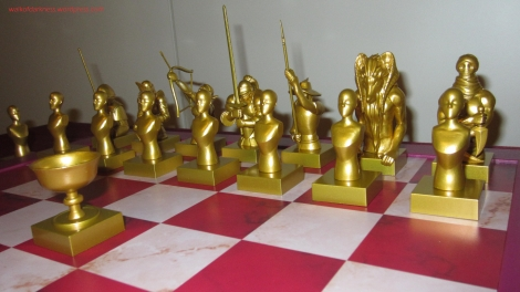 fate_zero_servant_model_chessboard_set_16_display_02