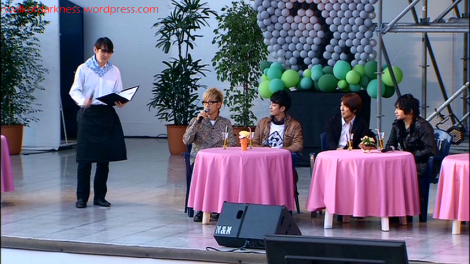 shirokuma_cafe_live_event_dvd_screencap_host