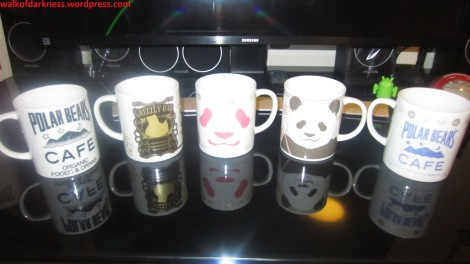 shirokuma_cafe_collection_21_retail_mugs_side_2